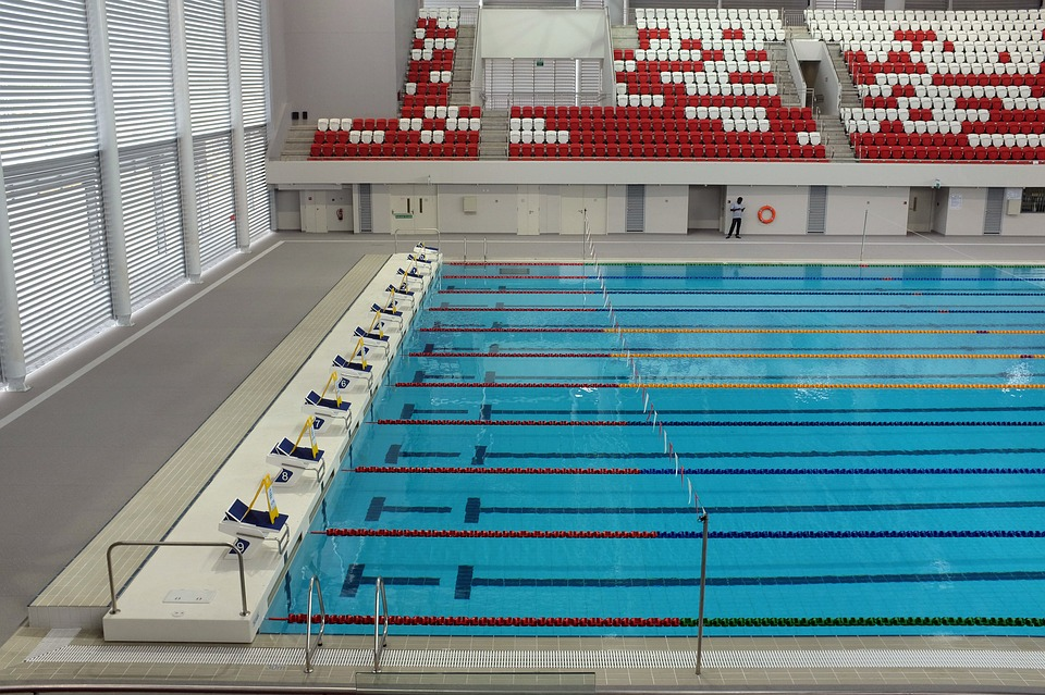 Katwijkse arno kamminga pakt nederlands record op 200 - How many meters is a olympic swimming pool ...